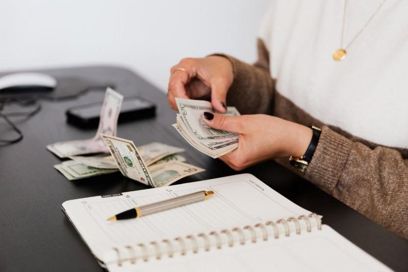 ÄTA betala, Hur mycket kan man behöva betala för ÄTA-arbeten?, Rättsakuten